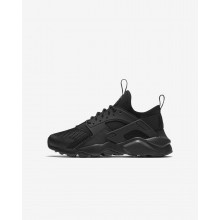 108QKVUR Boys Black Nike Air Huarache Ultra Lifestyle Shoes