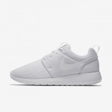 129UKZLS Womens White/Pure Platinum Nike Roshe One Lifestyle Shoes