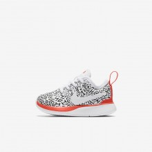 175RSKNM Boys White/Black/Bright Crimson Nike Dualtone Racer QS Lifestyle Shoes
