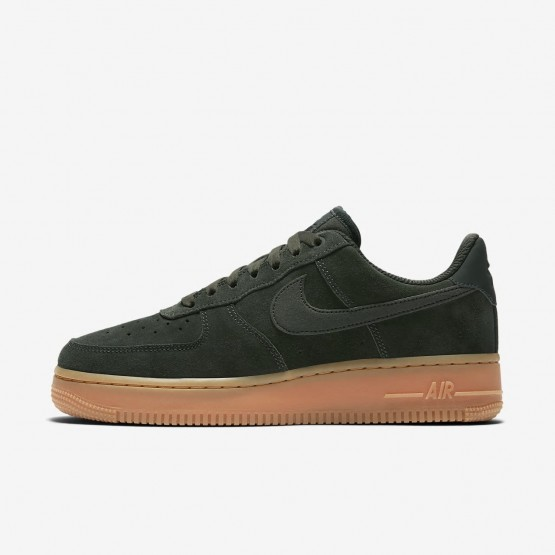 197AFNTG Womens Outdoor Green/Gum Medium Brown/Ivory Nike Air Force 1 07 SE Lifestyle Shoes