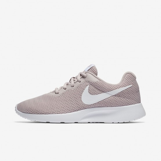 326FMSTY Womens Particle Rose/White Nike Tanjun Lifestyle Shoes