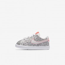 406XEUBN Girls White/Black/Bright Crimson Nike Blazer Low QS Lifestyle Shoes