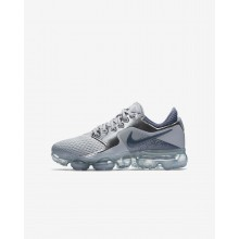 448UTMCW Boys Wolf Grey/Metallic Silver/Anthracite/Light Carbon Nike Air VaporMax Running Shoes