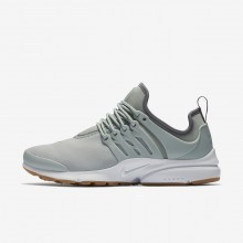 588ZAONQ Womens Light Pumice/Gunsmoke/Gum Light Brown Nike Air Presto Lifestyle Shoes
