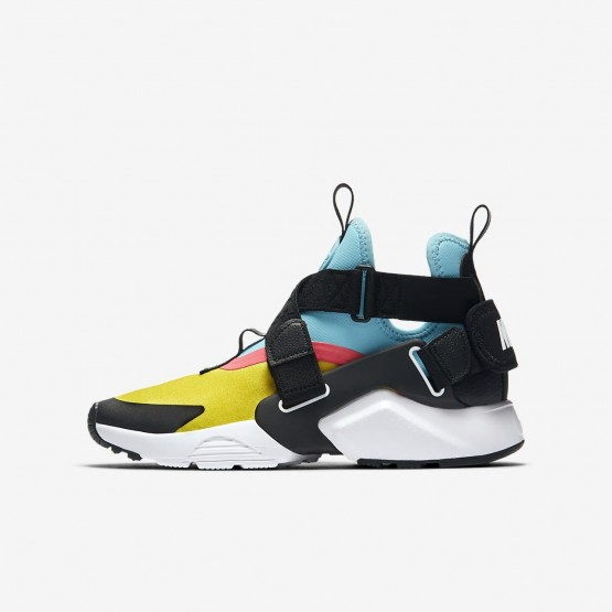 685GBIKF Boys Tour Yellow/Bleached Aqua/Racer Pink/Anthracite Nike Huarache City Lifestyle Shoes