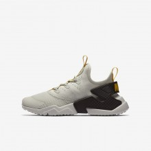 698ADZIM Boys Light Bone/Velvet Brown/Vivid Sulfur Nike Huarache Run Drift Lifestyle Shoes