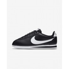 740UCIDZ Womens Black/White Nike Classic Cortez Lifestyle Shoes