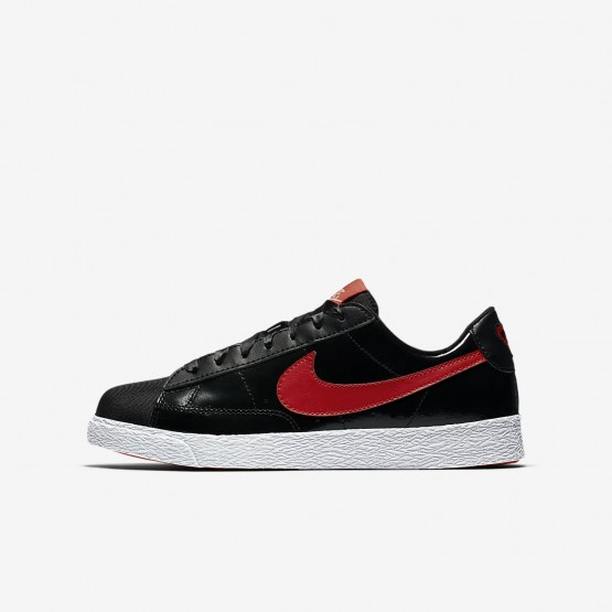 742EOXFS Girls Black/Bleached Coral/Speed Red Nike Blazer Low QS Lifestyle Shoes