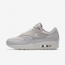 924VHRBW Womens Vast Grey/Atmosphere Grey/Summit White Nike Air Max 1 Premium Lifestyle Shoes