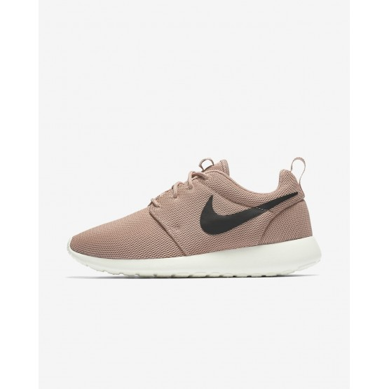946RQYBA Womens Particle Pink/Sail/Black Nike Roshe One Lifestyle Shoes