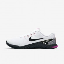986WULQH Womens White/Fuchsia Blast/Laser Orange/Black Nike Metcon 4 Training Shoes